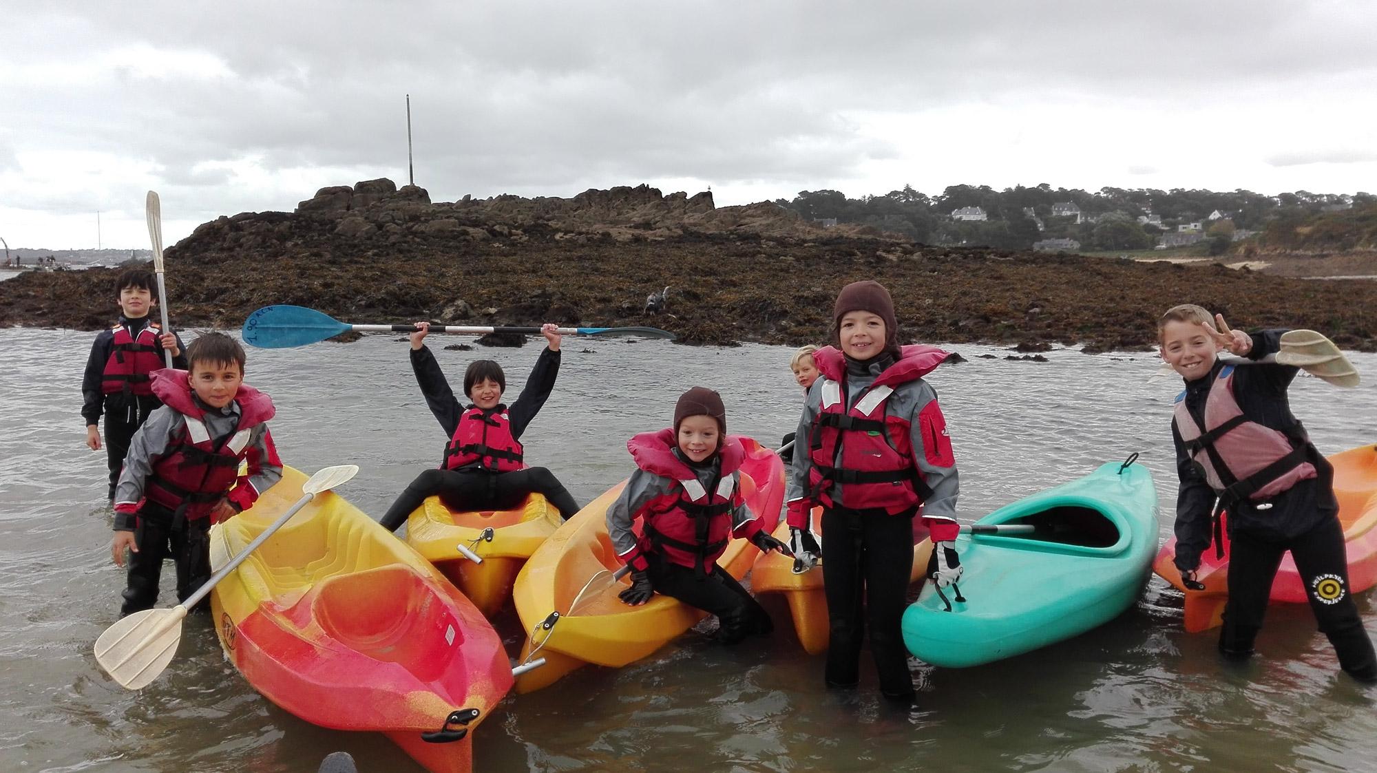 Mercredi nautique - Voile et kayak - Pratique annuelle à Carantec