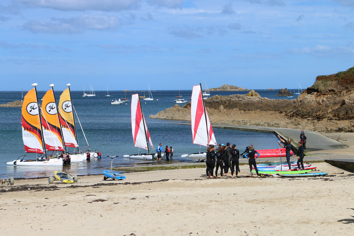 Acceuil de groupe - Voile, kayak, stand up paddle - Plage du Kelenn